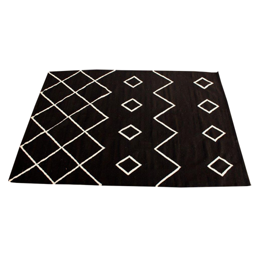 BERBER WHITE ON BLACK RUG 140 CM X 200 CM